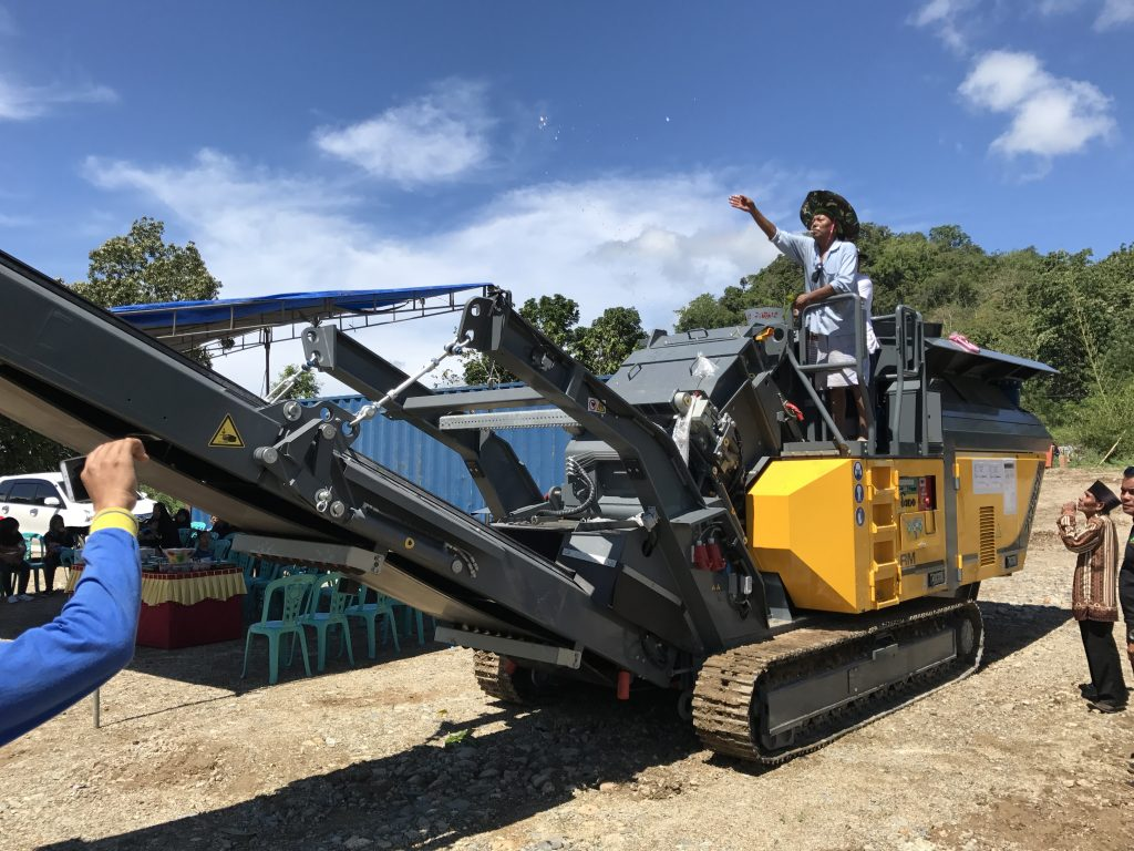 The Arrival of the Rubble Master Crusher in Indonesia