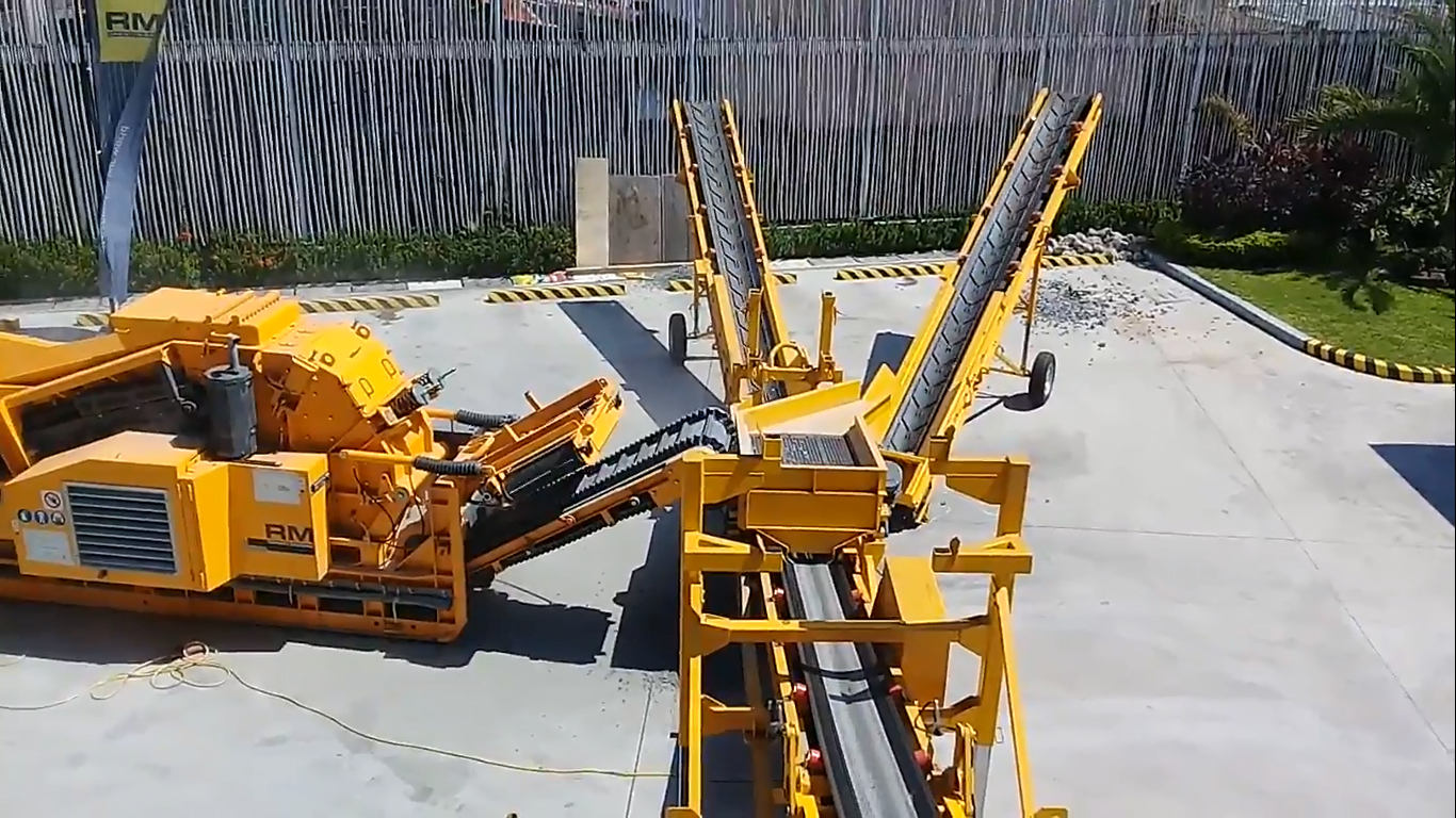 RM Crusher Requires Less Manpower because It is Easy to Use