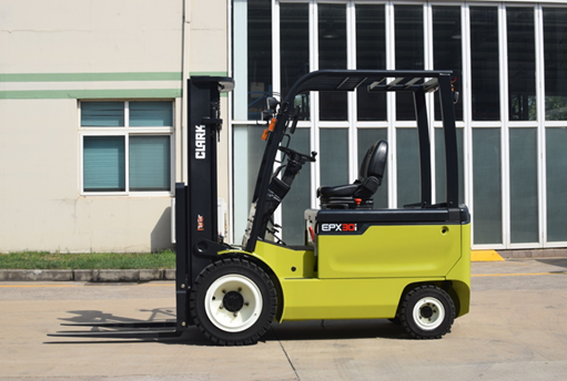 The Advantages of Clark's Eco-Friendly Electric Forklifts