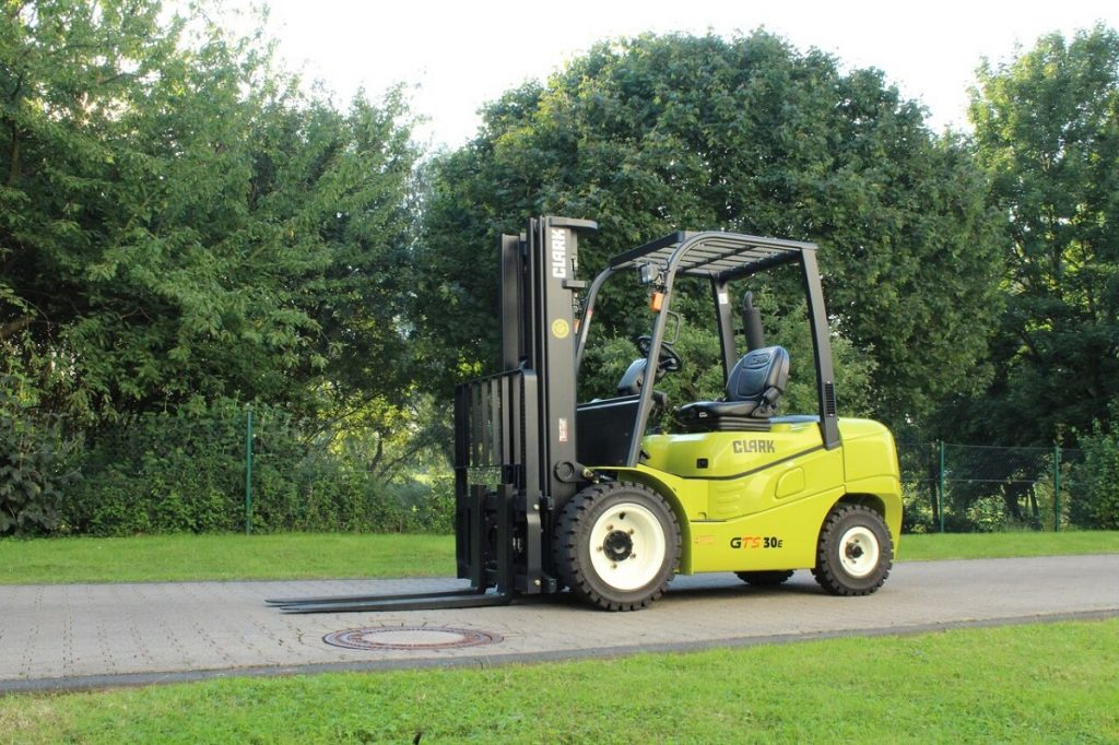 Using Forklifts in Construction Sites